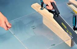 come tagliare il plexiglas